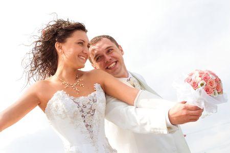 今がチャンス!幸せな結婚した女性たちが「婚活」を始めたきっかけとは?