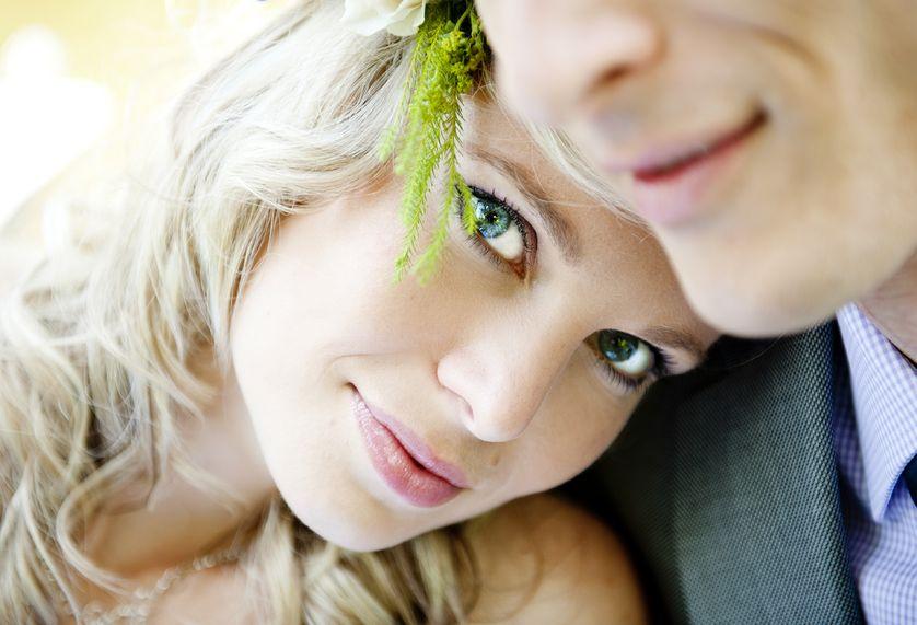 女性必見!独身男性に聞いた、男が結婚したくなる「性格美人」とは?